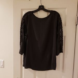 NWT The Limited Black Round Neck 3/4 Sleeve Top